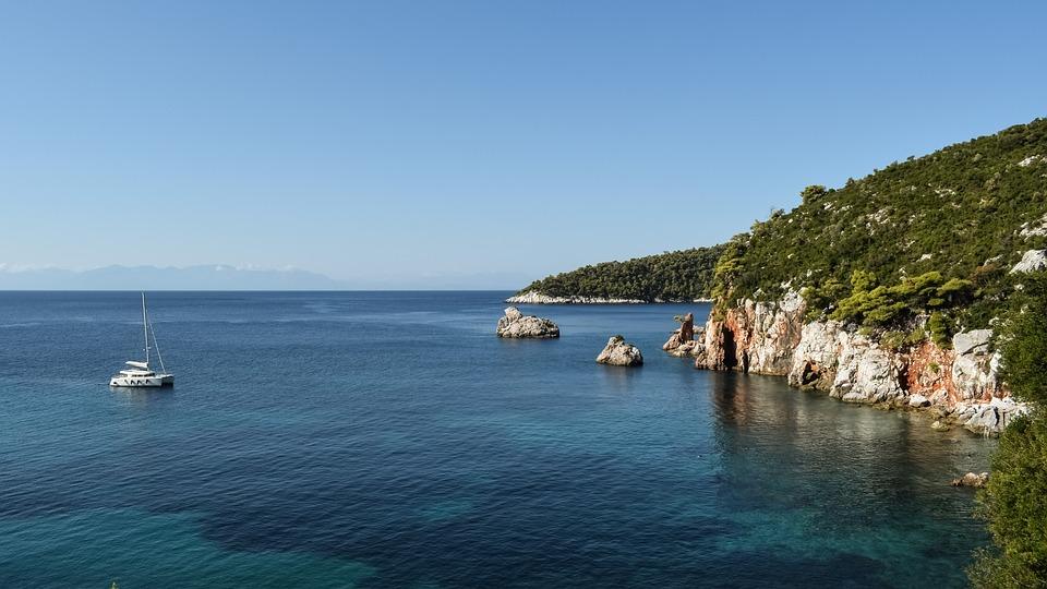 Круиз с луксозен катамаран в Гърция