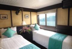 Bhaya Cruise - залив Халонг - Фотогалерия - снимка 2