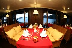 Bhaya Cruise - залив Халонг - Фотогалерия - снимка 3