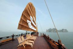 Bhaya Cruise - залив Халонг - Фотогалерия - снимка 5