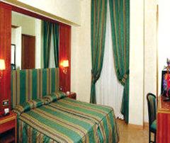 Lux Hotel - Рим