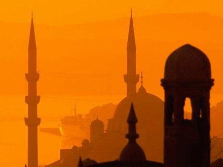 Уикенд в Истанбул с тръгване от София