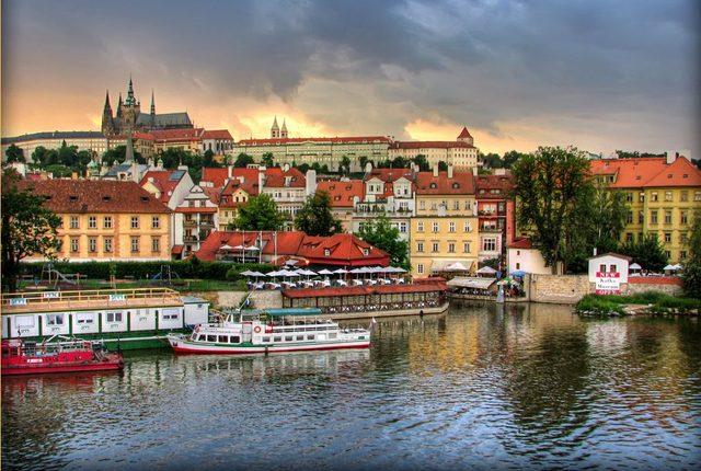 Уикенд в Златна Прага