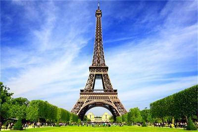 Романтичен Париж!